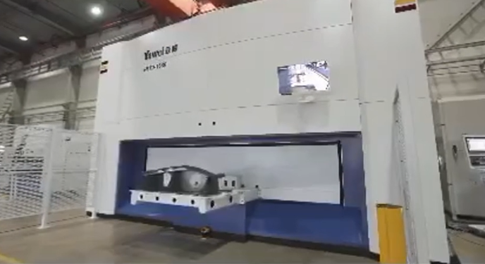 Three-dimensional five-axis